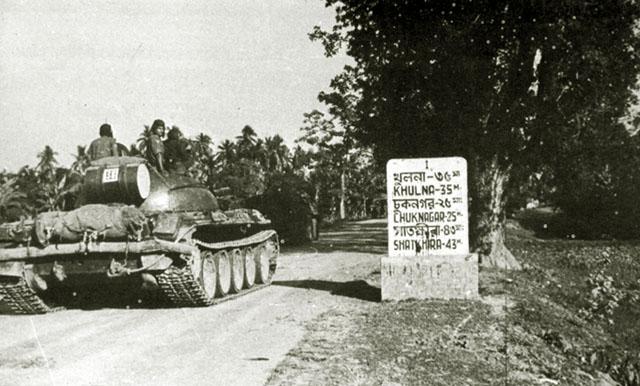 Танк Т-44, на шоссе