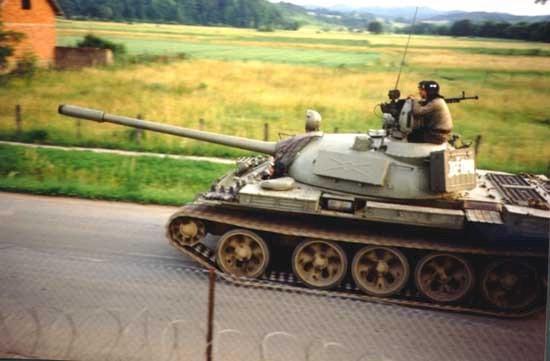 Танк Т-44, в походном положении