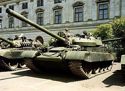 Танк Т-44, парадный строй
