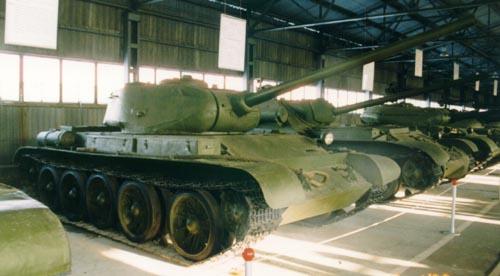 Танк Т-44, в ряду техники