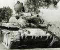 танк Т-44, на марше
