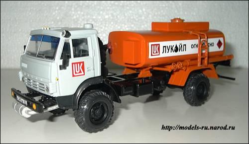 Бензовоз АТ - 56081, на базе КАМАЗ