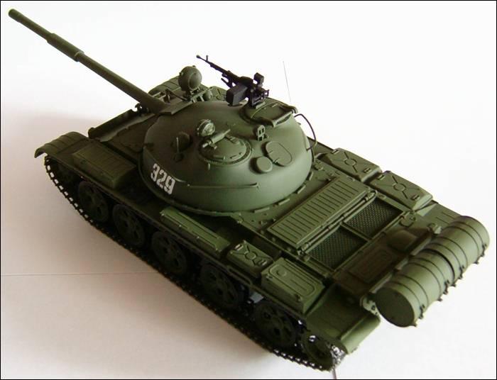 Танк Т-62, топливные баки