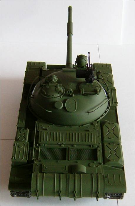 Танк Т-62, вид сзади